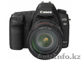 NEW Canon EOS EOS 5D Mark II  21MP DSLR Camera